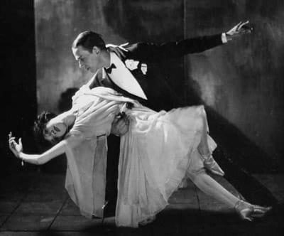 claque-valencia-fred-astaire-adele-bailando