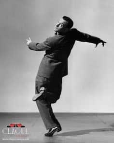 claque-valencia-gene-kelly-bailando