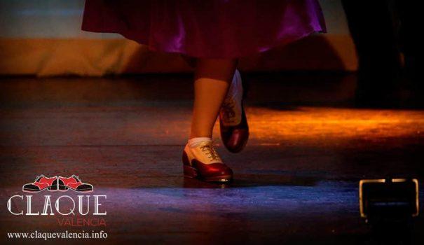 claque-valencia-zapatos-menkes-nati